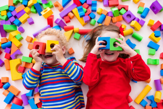 Pros & Cons of Nannies vs. Daycare for Chicago Parents at Ladybug Daycare and preschool in Chicago